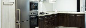 Conjunto de cocina modular Golegh County Roble teñido/blanco rústico - BigMat Roca La Marina